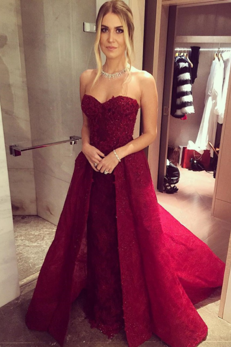 Sleeveless Burgundy Prom Dress with Beads