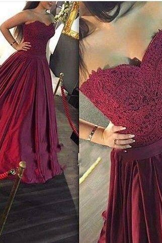 Princess Sweetheart Burgundy Prom Dress